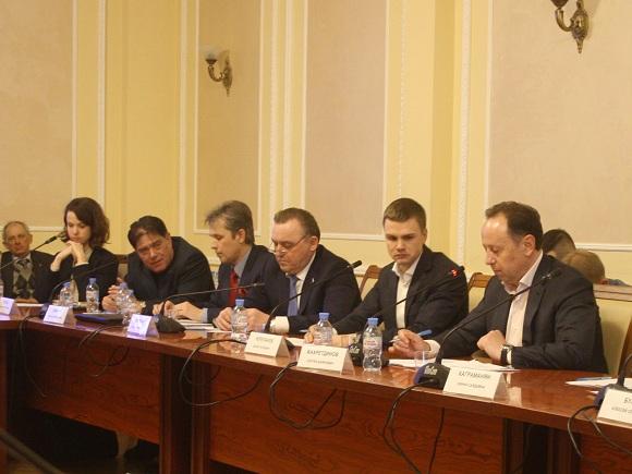 Работа в рамках ГЧП нуждается в серьезных системных изменениях, отметили участники конференции в «Деловой России»